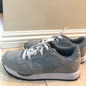 Madewell x Saucony tennis shoes in size 6.5